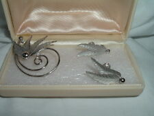VINTAGE STERLING SILVER LEAF PIN AND EARRINGS SET SIGNED CC IN GIFT BOX