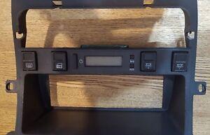 JAGUAR  XJ40 XJ6 X300 DIGITAL TIME CLOCK WITH SURROUND TRIM DBC 5416