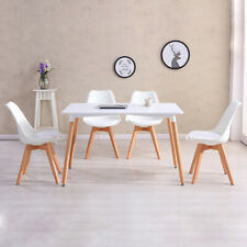 Scandinavian Dining Table Set with 4 Style Jamie Tulip Dining Chairs
