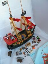 PLAYMOBIL 5736 BLACKBEARD PIRATE SHIP WITH FIGURES AND ACCESSORIES