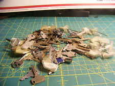 Large Lot  Misc Keys steampunk 1 lb + ART HOUSE,CARS,etc.Lot of old and vintage