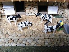 O-S-ON30 Animals for your Farm (HOLSTEIN COWS)