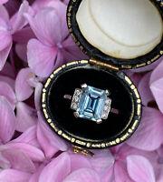 Art Deco Aquamarine and DIamond Platinum Ring 0.15ct + 2.20ct Aquamarine