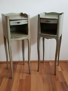FRENCH ANTIQUE STYLE WOODEN NIGHT STANDS x 2 / LAMP STANDS / CHATEAU - H=69cm
