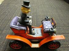 Vintage 50's Toy Tin Battery Powered Shaking Antique 1901 Car not working