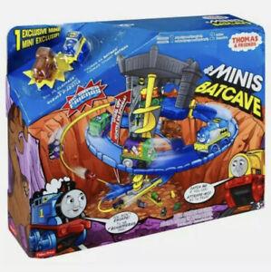 New Fisher-Price Thomas & Friends the Train Minis DC Super Friends Batcave Set