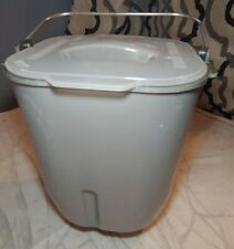 Bread Pan Bucket for Toastmaster 1183 Bread Machine Maker with the Blade & Lid