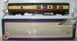 Bachmann 34-450 63' Thompson 2nd Brake Coach BSK E1905E BR Crimson & Cream