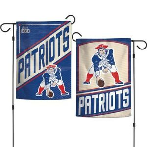 """NEW ENGLAND PATRIOTS VINTAGE STYLE DOUBLE SIDED GARDEN FLAG 12""""X18"""" YARD BANNER"""