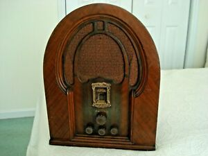 1933/34, PHILCO MODEL 19B, 6 TUBE, BC/PB*, CATHEDRAL RADIO.
