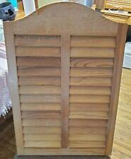 Medicine Cabinet Louver Door Specialty Recessed Wall Installation (Pre-Owned)