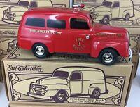 1950 Ford Panel Truck PHILADELPHIA FIRE RESCUE Die Cast Vehicle 1:25 1995 ERTL