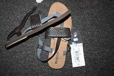 NEW Ripcurl Ladies sandals SZ 8 (39eu)