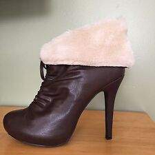 Lovely People Candis Brown Fur Cuff Women's Boogie Size 8