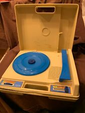 Vintage 1978 Fisher Price Portable 33 & 45 rpm Record Player Turntable Model 825