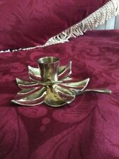 A BRASS CHAMBER CANDLESTICK HOLDER / FLOWER SHAPED WITH HANDLE #A