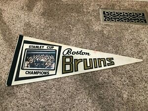 Vintage Boston Bruins Stanley Cup Champions Team Picture Full Size Pennant