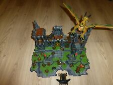ENORME SET MEGA BLOCK 9896 DRAGONS TOWER + 200 PIECES AVEC PERSONNAGES ET DRAGON