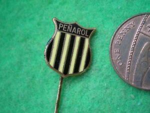 * CA Peñarol  Uruguay  Primera División  /  Rare Badge *