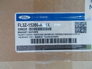 New Ford OEM Right Side Fog Lamp Bracket FL3Z-15266-A