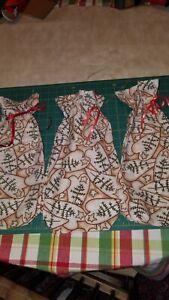 Set of 3 Christmas Gift Bags Fabric Reusable Hearts Stars & Trees Print Lot 14