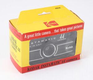 KODAK INSTAMATIC 44, BOXED, STUCK BATTERY LID/cks/194519