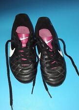 Pre-Owned Nike Child's Rubber Cleated Shoes Black Pink Size 12