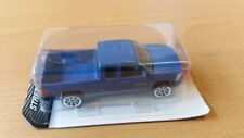 Majorette 212058134 - Street Cars - Chevrolet Silverado - Blau (8cm) - Neu