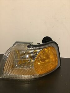Park Signal Light Left Driver Side Fits Ford Thunderbird/Mercury Cougar 96-97