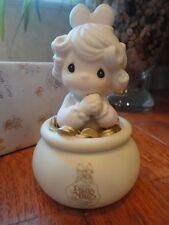 Precious Moments Figurine Your the End of My Rainbow 1993 C0014 Pot of Gold Mib