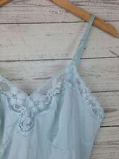 VTG Vanity Fair WOMENS FULL SLIP Pastel blue NYLON SZ 36 SL34