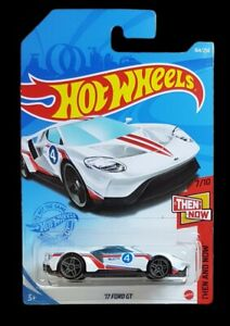 Hot Wheels - 17 FORD GT - THEN AND NOW H Case 2021