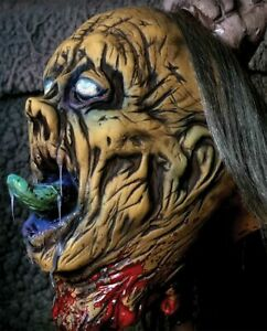 HALLOWEEN ZOMBIE BEHEADED ILLUSION PUPPET PROP DECORATION HAUNTED HOUSE