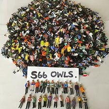 250 NEW PAINTED MODEL FOOTBALL FANS FOR SUBBUTEO/ZEUGO/MODEL RAILWAY*SEE PHOTO'S