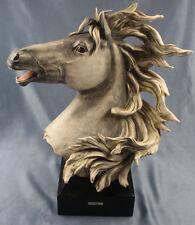 Rießiger Pferdekopf pferd figur kunstein pferdefigur büste kopf toll