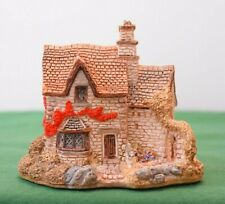 """Lilliput Lane """"Victoria's Cottage"""" In excellent condition with deed, boxed."""