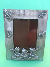 Musical Frogs - PHOTO FRAME PEWTER New. 11.2cm x 8.8cm . 220grams. GY