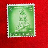1958 NEW ZEALAND HAWKES BAY CENT POSTAGE STAMP 2d MINT HINGED