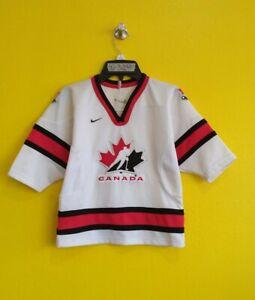 "CANADA NIKE HOCKEY JERSEY BOYS -  S ( 16"" x 20"" )"