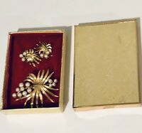 Vintage Lisner Brooch and Matching Clip On Earrings In Original Box Faux Pearl