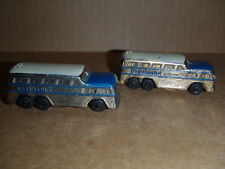 Greyhound Scenicruiser Bus Salt and Pepper Shakers (S)