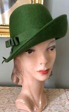 Vintage 1950's Green Wool Cloche Hat