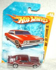 Hot Wheels 2010 New Models #44 '67 Chevelle SS 396 target snowflake card ex.card