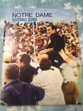 One Of A Kind 1971 NOTRE DAME Football Guide 31 Autograghs!!!  Ara Parseghian