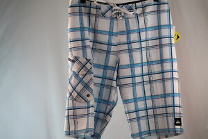 """QUIKSILVER MEN'S """"PAID IN FULL 22"""" SWIM/SURF/BOARD BLUE/WHITE SHORTS size 29/33"""