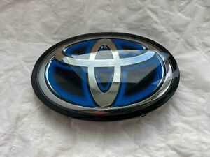 53141-33140 Toyota Prius Camry Mirai Avalon RAV4 Radiator Grille Emblem