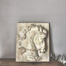 Cheval en plâtre bas relief des ateliers de moulage du Musée du Louvre