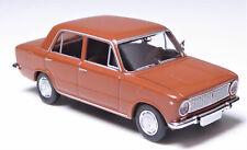 Brekina 22403 Fiat 124 1°serie berlina, rosso rame SCALA HO 1:87
