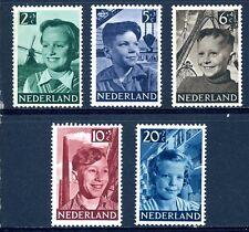 NVPH  573-577 ongestempeld (kinderzegels 1951)