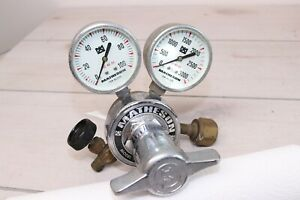 Matheson 1L-320 Two Stage Gas Regulator 100 3000 Guages